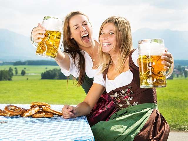 Oktoberfest 2 Mädels