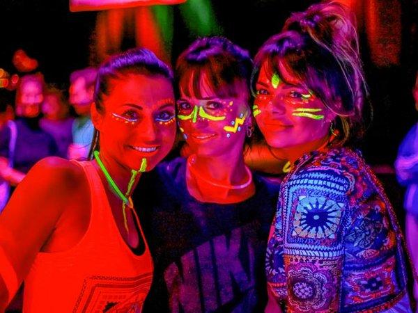 Happy Glow Yoga