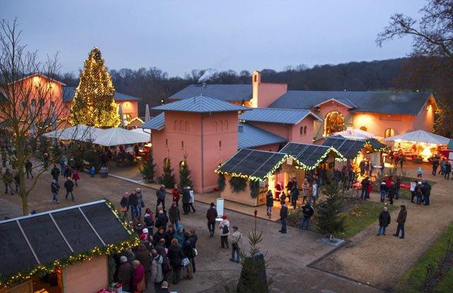 Romantisches Weihnachtsdorf