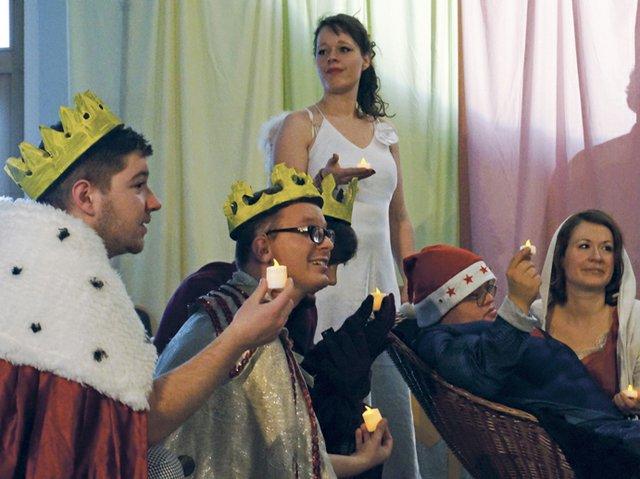 Hoffbauer Theaterstück_De Kopie.jpg